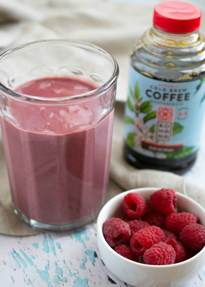 Need a quick, simple, healthy smoothie recipe with a caffeine kick? This Raspberry Mocha Protein Smoothie is perfect for you!